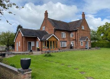 Thumbnail 6 bed country house to rent in Manor House Farm, Old Newcastle Road, Willaston, Nantwich, Cheshire