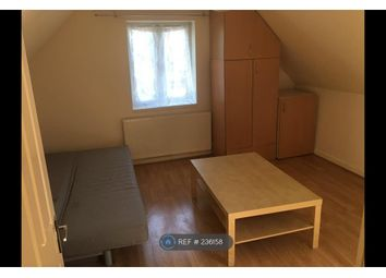 Thumbnail 1 bed flat to rent in Twickenham Road, London