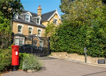 Coopers Court, 30 Piercing Hill, Theydon Bois, Epping CM16. 2 bed flat