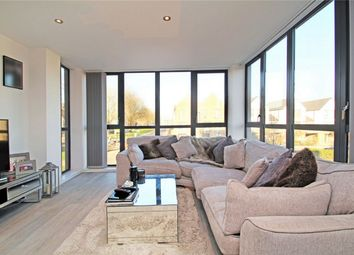 2 bed flat for sale in Dyson Drive, Uxbridge UB10
