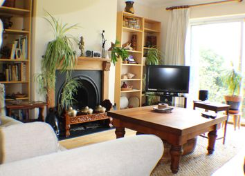 Thumbnail Room to rent in Hookfield, Epsom