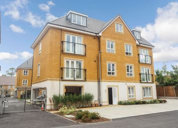 Thumbnail 2 bed flat for sale in Langley Road, Langley, Slough