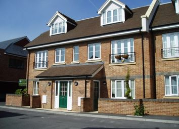 Thumbnail 2 bed flat to rent in Weyhill, Haslemere