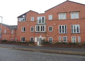 Thumbnail 2 bedroom flat for sale in Fairbourne Walk, Oldham