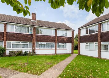 Thumbnail 2 bed flat for sale in Farnham Road, Slough