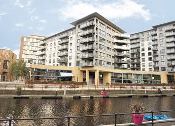 Thumbnail 2 bed flat for sale in The Boulevard, Leeds