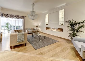 Thumbnail 6 bedroom detached house for sale in Westover Hill, Hampstead