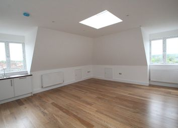 Thumbnail 1 bed flat to rent in Gainsborough Road, Woodside Park N12.