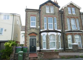Thumbnail 1 bed flat to rent in Claremont Road, Folkestone