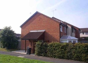 Thumbnail 1 bed property to rent in Hawkins Close, Borehamwood, Herts