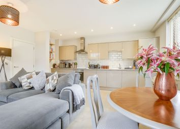 2 bed flat for sale in White Lion Close, East Grinstead RH19