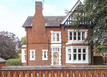 Thumbnail 3 bed flat for sale in Alexandra Road, Reading