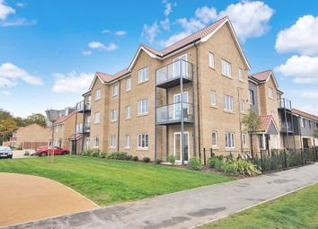 Thumbnail 2 bed flat to rent in Newland Avenue, Bishop`S Stortford, Herts