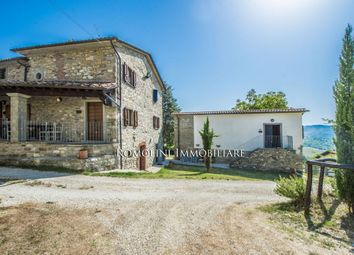 Thumbnail Leisure/hospitality for sale in Caprese Michelangelo, Tuscany, Italy