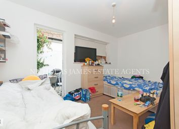 Thumbnail 2 bed flat to rent in Cranleigh Road, London