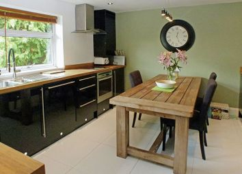 Thumbnail 3 bed flat for sale in Valley Road, St.Albans