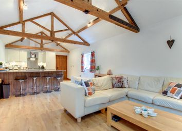 Thumbnail 1 bedroom barn conversion to rent in Main Road North, Dagnall, Berkhamsted
