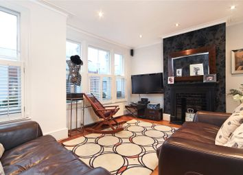 Thumbnail 1 bed flat to rent in Elbe Street, London