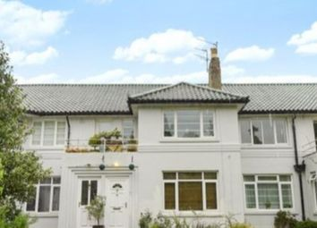 3 bed maisonette to rent in Bath Road, Reading RG1