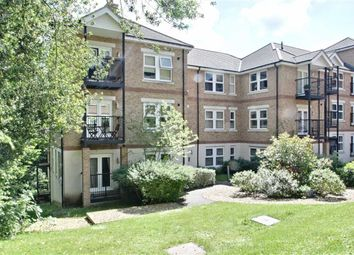 Thumbnail 2 bedroom flat for sale in Adrian Close, Boxmoor, Hertfordshire