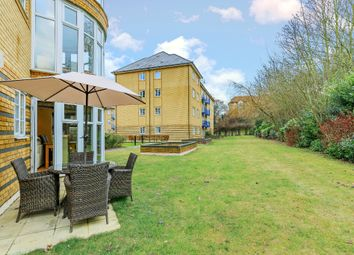 Thumbnail 2 bedroom flat for sale in Newland Gardens, Hertford