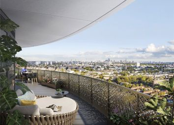 Cassini Tower, White City Living, London W12. 3 bed flat for sale