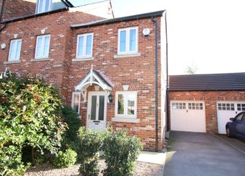 Thumbnail 2 bed town house for sale in Maple Leaf Gardens, Worksop