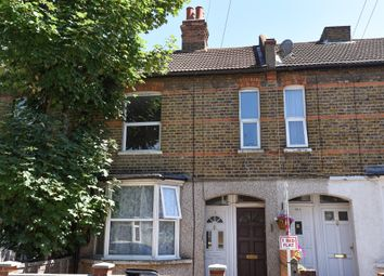 Thumbnail 1 bed maisonette for sale in Lancing Road, Croydon