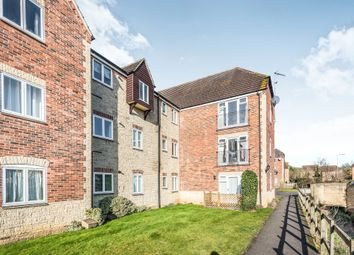 Thumbnail 2 bed flat for sale in Willow Brook, Abingdon