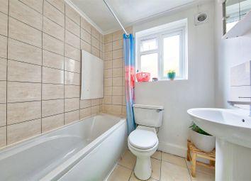 2 bed maisonette to rent in Balvernie Grove, London SW18