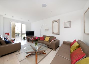 Thumbnail 2 bed flat for sale in Kew Bridge Road, Kew