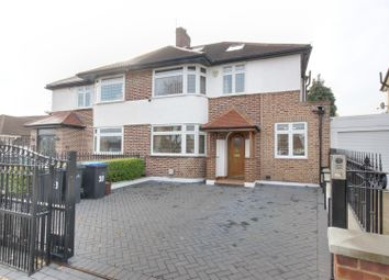 4 bed property to rent in Cranleigh Gardens, London N21