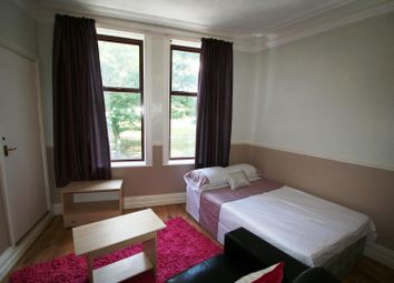 Thumbnail 1 bed property to rent in Flat 6, 223 Hyde Park Road, Hyde Park