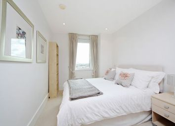 Thumbnail 3 bed flat to rent in Brewhouse Lane, London