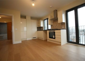1 bed flat to rent in Charter House, High Road, Ilford, Greater London IG1