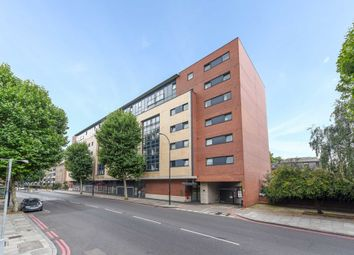 Thumbnail 2 bed flat to rent in Great Dover Street, London