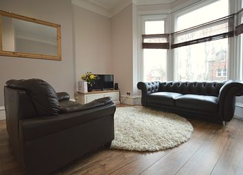 Thumbnail 3 bed flat to rent in Bainbrigge Road, Headingley
