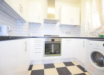 Thumbnail 3 bed flat to rent in Kennington Park Road, London