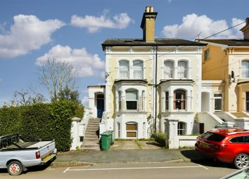 Thumbnail Studio to rent in Grovehill Road, Redhill