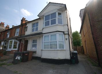 Thumbnail 3 bed flat to rent in Baddow Road, Great Baddow, Chelmsford