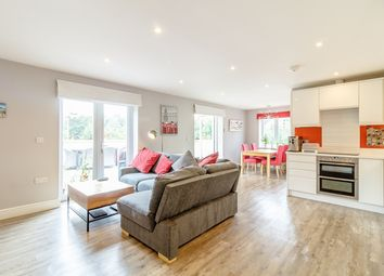 Thumbnail 2 bed flat to rent in 2 Whyteleafe Hill, Whyteleafe