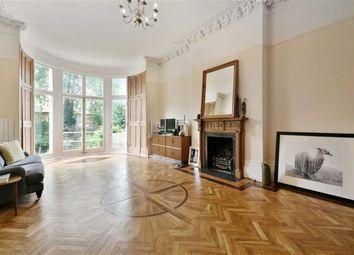 Thumbnail 3 bedroom flat to rent in Belsize Park Gardens, London