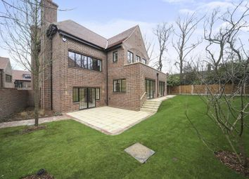 Thumbnail 5 bed property for sale in Chandos Way, Hampstead Garden Suburb
