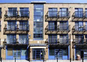 Thumbnail 3 bed flat for sale in Calvin Street, London
