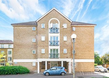 Thumbnail Studio for sale in Filton Court, Farrow Lane, London