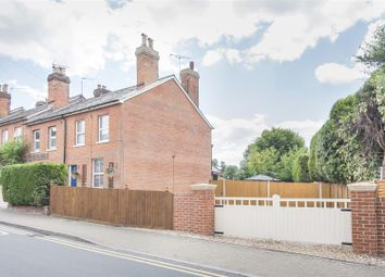 Church Street, Crowthorne, Berkshire RG45. 2 bed end terrace house