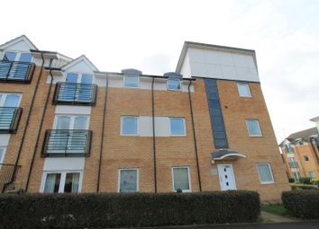 Thumbnail 2 bed flat to rent in Chequers Field, Welwyn Garden City