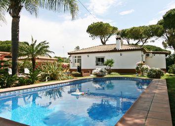 Thumbnail 4 bed villa for sale in Chiclana De La Frontera, Cádiz, Andalusia, Spain