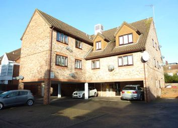 Thumbnail 2 bed flat to rent in Moorstown Court, Slough