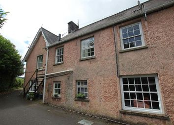 Thumbnail 2 bedroom flat to rent in Llansantffraed, Brecon